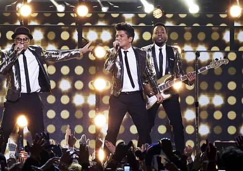 Bruno Mars halftime show 2014